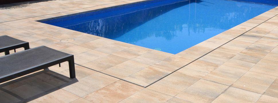 Pavimento de hormig n breinco construmuestra for Pavimentos para piscinas exteriores